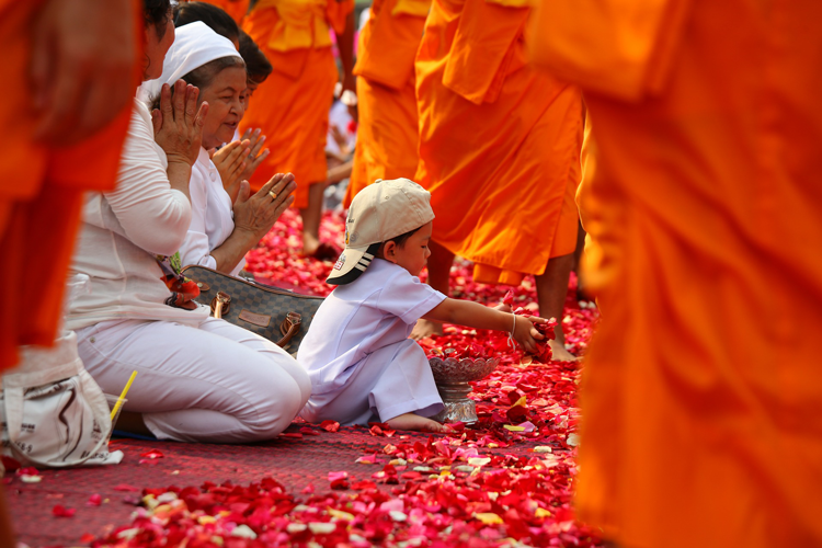 kindness in religions, buddhism